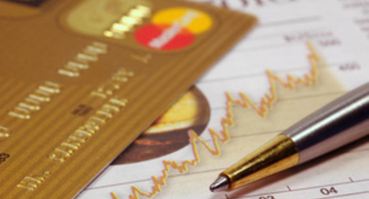 Какие банки бесплатно откроют валютную пластиковую карту