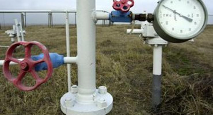 Азаров смирился с тем, что Украина не сможет решить газовый вопрос с Россией в октябре