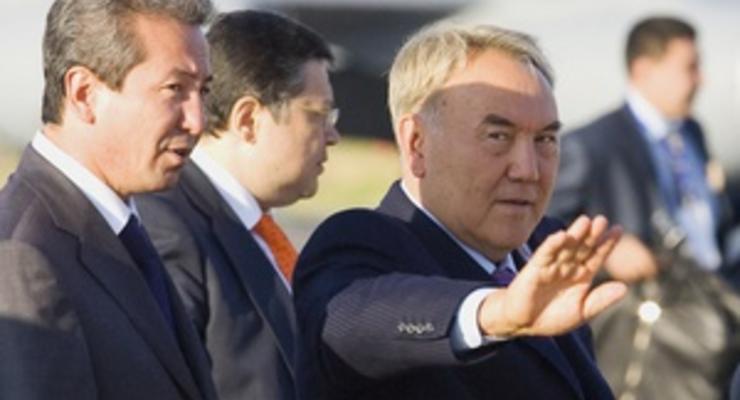 """Президент Казахстана поставил """"молодую экономику"""" страны на третье место после Китая и Катара"""