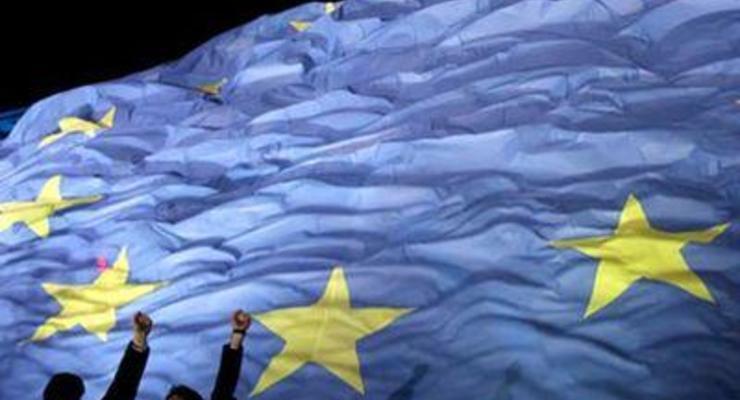Кризис в Европе: Греция экономит на слугах, а Италия - на футболе