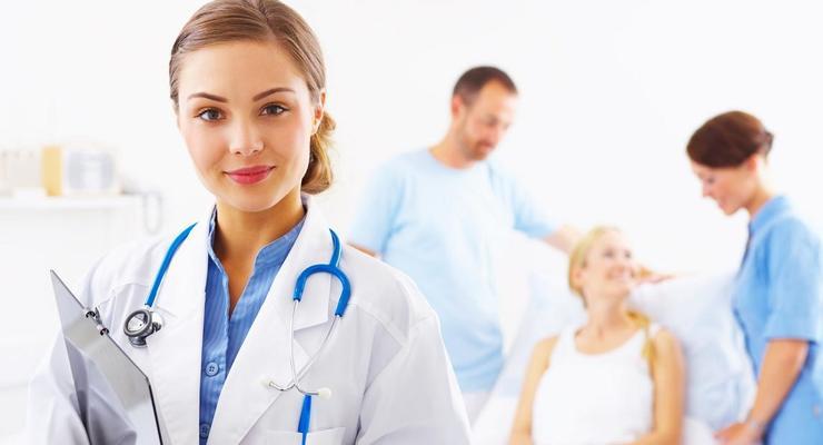 Учителя со стажем получают 2300 гривен, а врачи – 1300 гривен