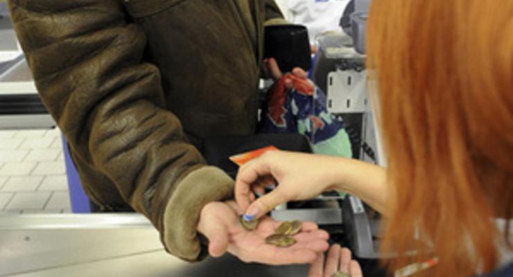 В Эстонии выросло количество бедных людей, чей доход составляет менее 280 евро