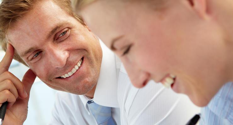 Семь причин не заводить роман на работе