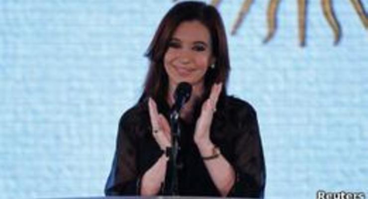 Власти Аргентины взяли под контроль печатные издания