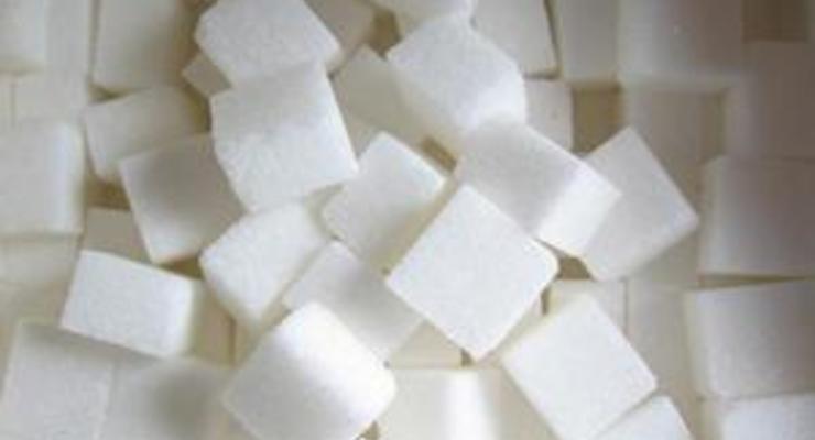 Украина произвела наполовину больше сахара, чем в прошлом году