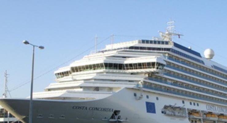 Страховщики потеряют от крушения Costa Concordia $1 млрд - Moody's