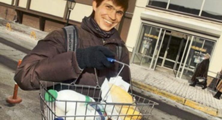 Корреспондент: Картина маслом. Украинцы готовы экономить на жизненно необходимом ради дорогих статусных покупок