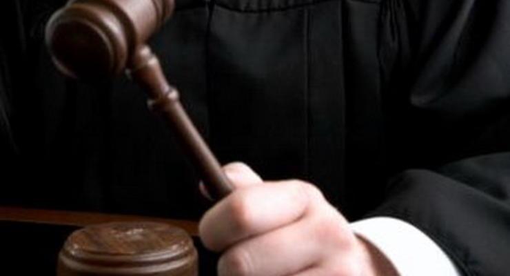 Бедным услуги адвоката в суде оплатит государство
