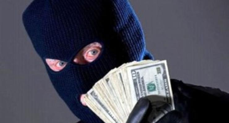 Как мошенники наживаются на денежных переводах
