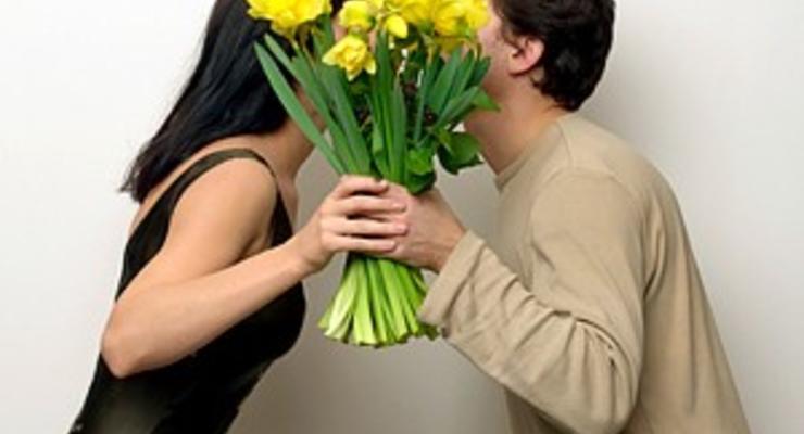 8 марта: Цены на цветы уже выросли в 2 раза