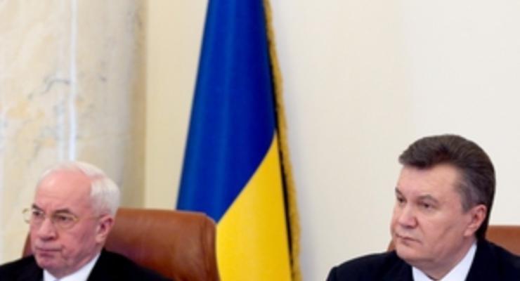 Янукович поручил выплачивать вклады Сбербанка СССР до 2015 года