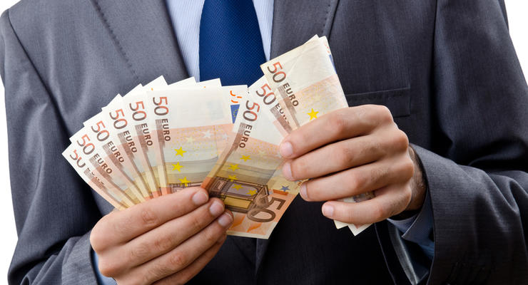 ТОП-10 самых дешевых кредитов наличными