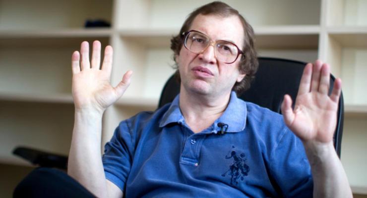 Страх потеряли: украинцы продолжают вкладывать в МММ
