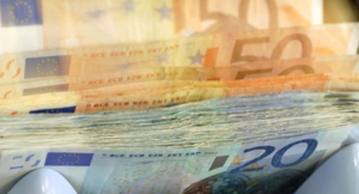 Греки за месяц сняли рекордное количество денег с депозитов