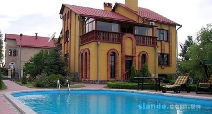 Новый год в Киеве: Почем арендовать дом для новогодней вечеринки