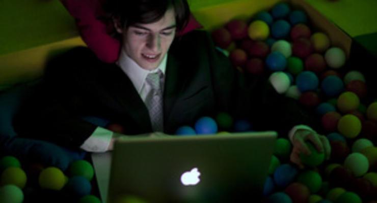 Корреспондент: Внеклассная работа. Онлайн-образование бросает вызов академическому