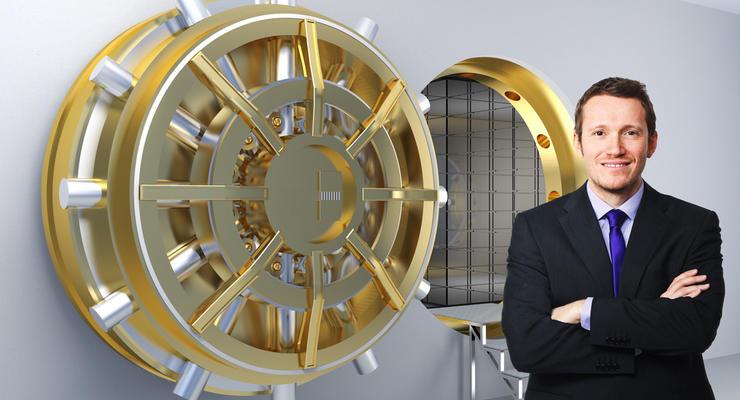 Банк Януковича вошел в тройку самых щедрых на кредиты