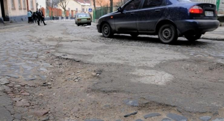 Отсудить деньги за плохие дороги почти невозможно (ВИДЕО)