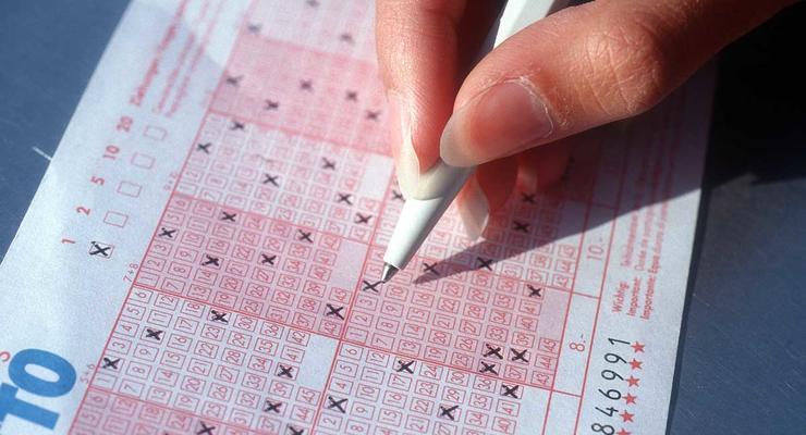 В Украине могут запретить все лотереи