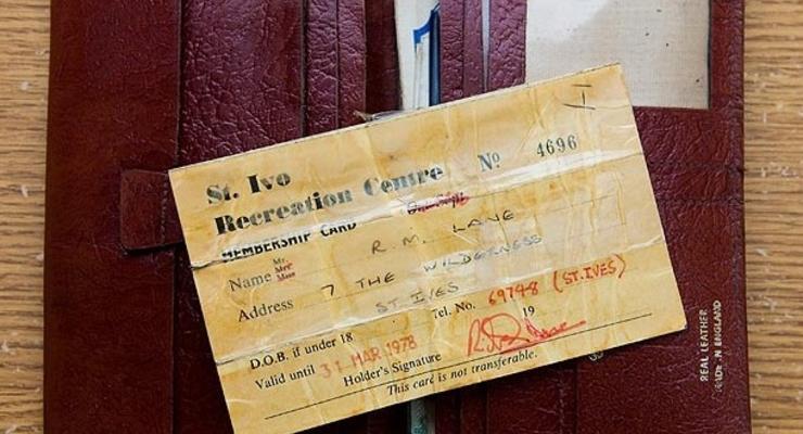 Мужчина нашел кошелек, потерянный 35 лет назад (ФОТО)