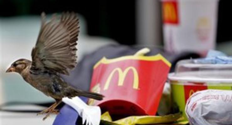 Девушка с ограниченными возможностями добилась компенсации от киевского McDonald's за неуважение