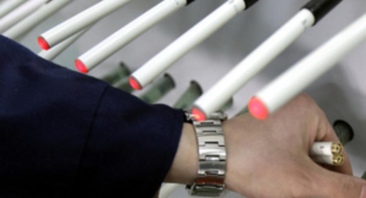 Власти Британии впервые запретили рекламу электронных сигарет