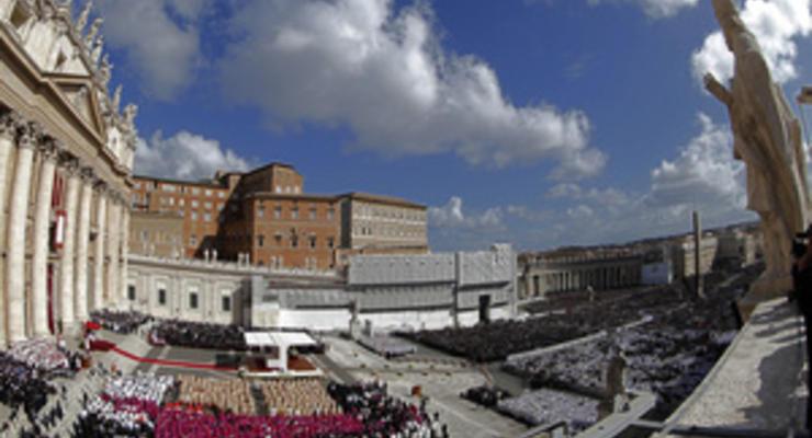 Впервые обнародовавший годовой отчет Банк Ватикана закроет счета ряда иностранных посольств