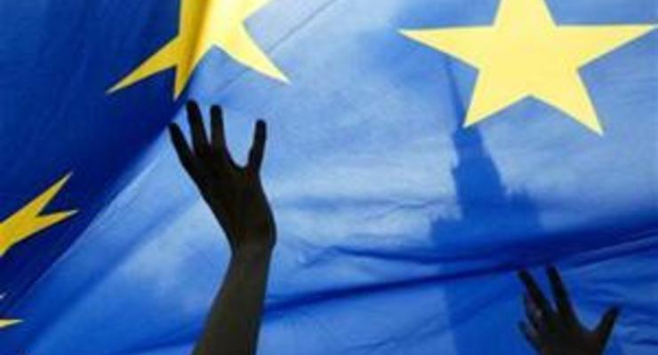 Любое решение ЕС по Украине обречено на провал - эксперт Bloomberg