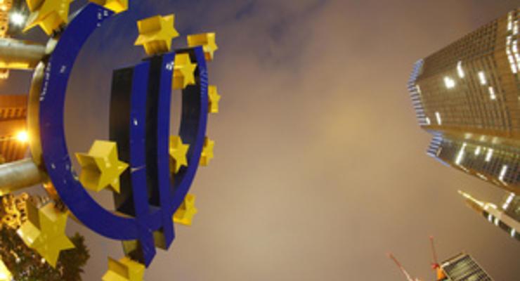 Курс валют: официальный евро перевалил за 11 гривен