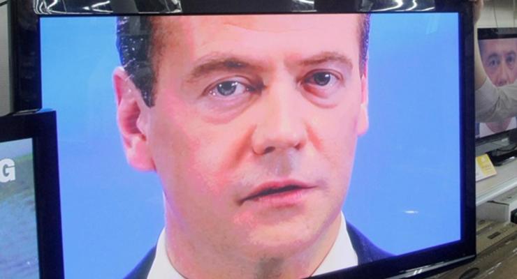 """Никакой ревности, никаких денег. Медведев указал на потерю """"эксклюзивных отношений"""" Киева с Москвой"""