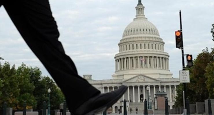Компенсации госслужащим, остановившим работу из-за шатдауна, обойдутся США в $2 млрд