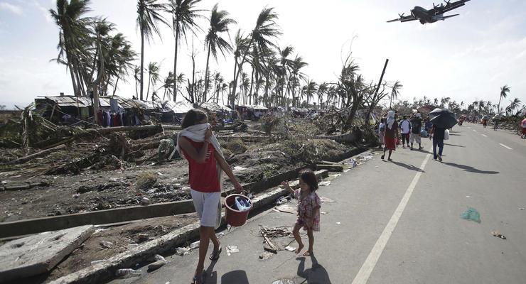 Убытки Филиппин от тайфуна Хайян оценили во много раз дороже урагана Сэнди для США