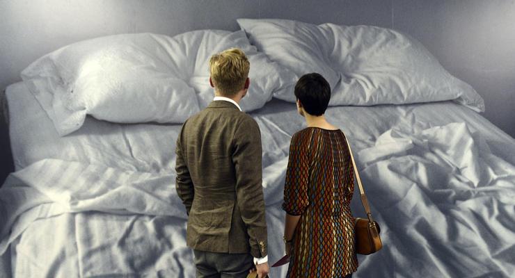 Не спит. В PinchukArtCentre открылась выставка, приуроченная к юбилею фонда АНТИСПИД