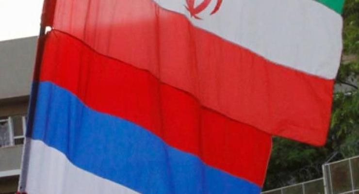 """Иран и РФ обсуждают крупную сделку """"нефть в обмен на товары"""" - источники"""