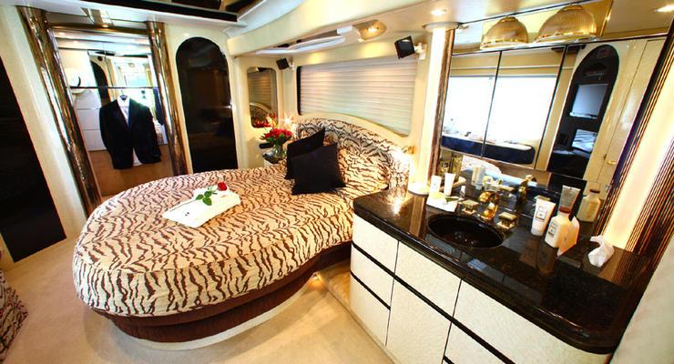 В Британии создали шикарный отель на колесах: $13 000 за ночь