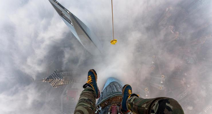 Украинец сделал ФОТО с самого высокого здания в Китае