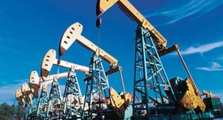 Нефтяные фьючерсы солидарно снижаются