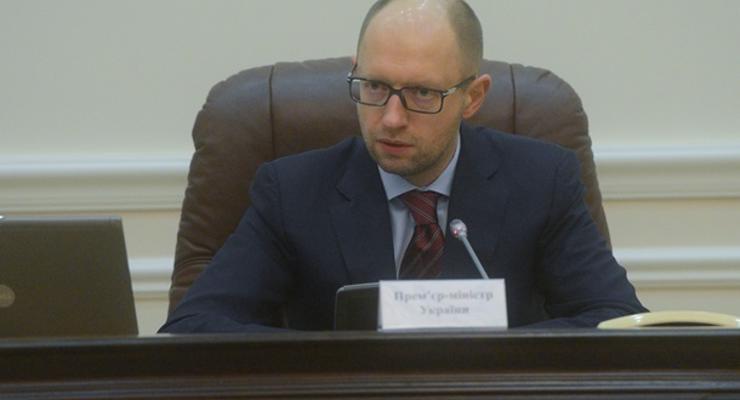 Европа предоставит Украине $15 млрд - Яценюк