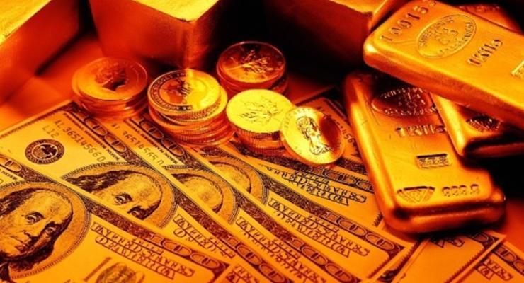Украинский кризис поддерживает цены на золото