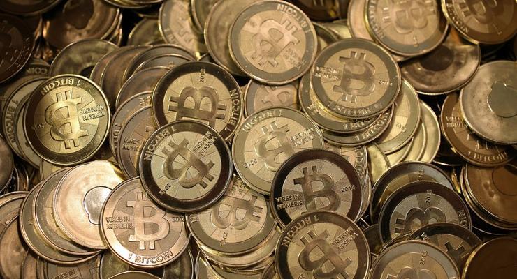 Как прожить неделю на виртуальную валюту биткоин