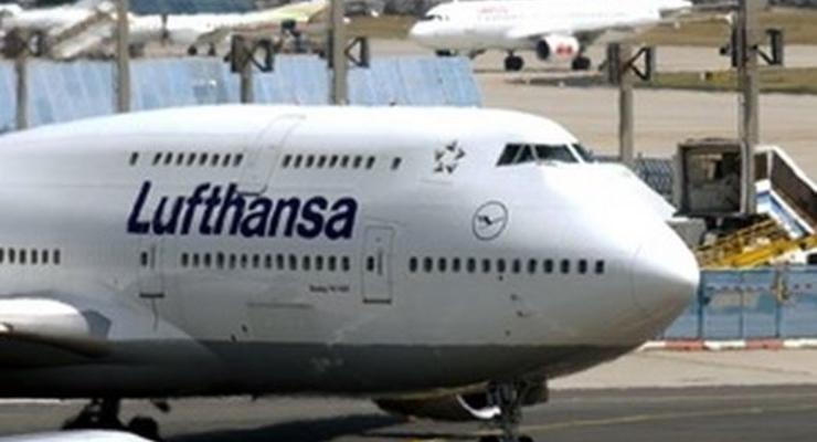 Немецкая авиакомпания Lufthansa отменила полеты над Донбассом