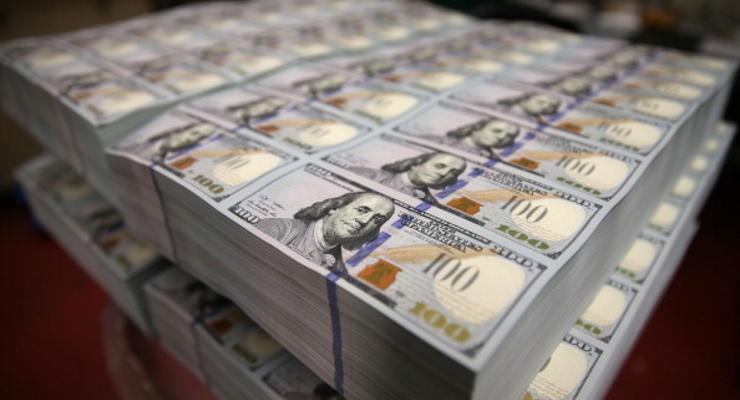 Доллар превысил отметку в 12 гривен к закрытию межбанка