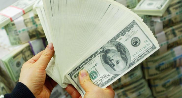 Курс доллара в России превысил исторический максимум
