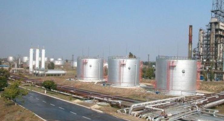 Силовики-рейдеры. Бизнесмены заявляют о захвате 10 000 тонн бензина