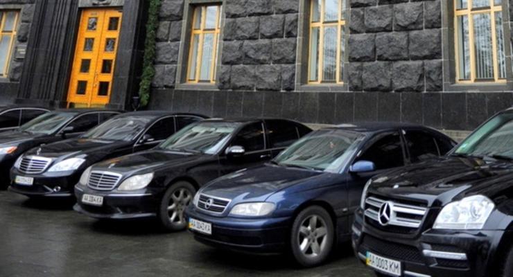 В Украине массово покупают авто премиум-класса