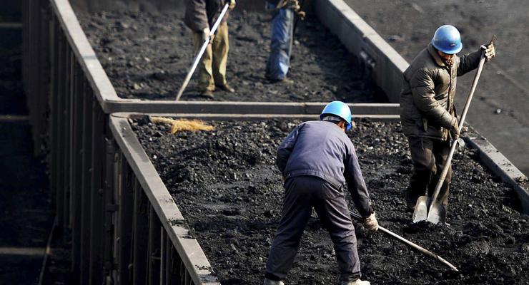 МВД занялось расследованием закупок угля из ЮАР - источники