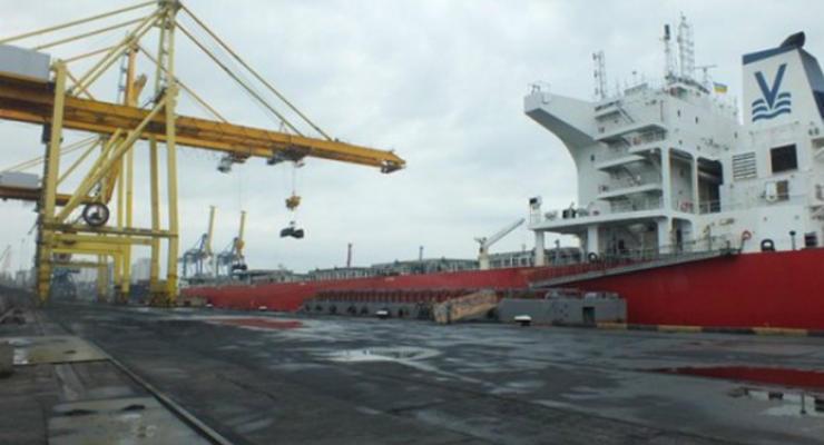 В Ильичевский порт прибыла партия угля из ЮАР