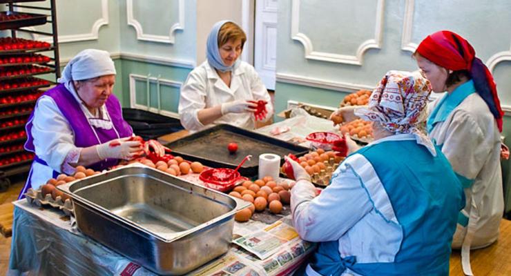 Россиян хотят накормить монастырскими продуктами