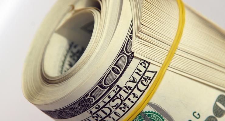 """На """"черном"""" рынке немного поднялся доллар"""
