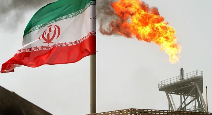 Иран снизил цены на нефть до трехлетнего минимума